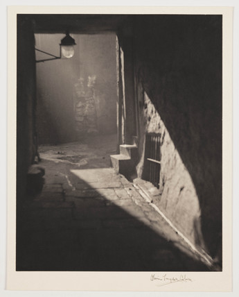 'Weir's Close', 1905.