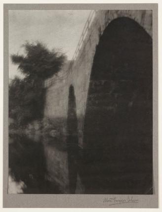 'The Bridge, Ipswich, USA', 1903.