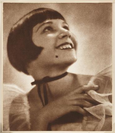 'Jo', 1939.