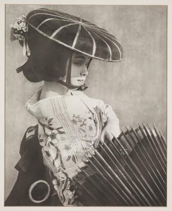 'Bonto Mitsuye', c 1925.