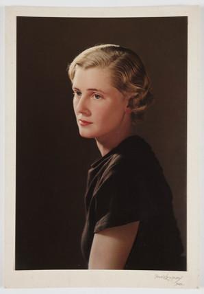 'Portrait'  c. 1932