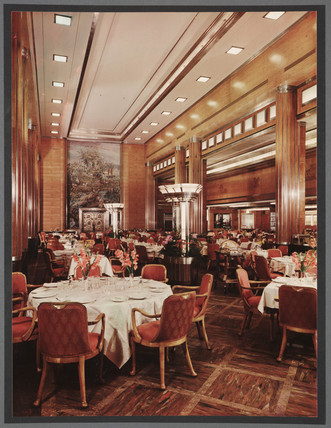 RMS Queen Mary cabin restaurant, c 1935.