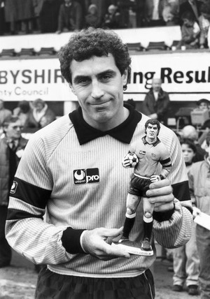 Peter Shilton with Player of the Month award, November 1987.