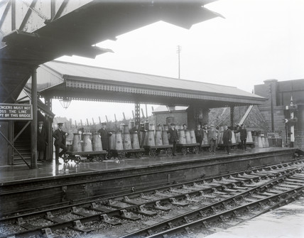 Milk traffic, Highbride Paddington, February 1928.