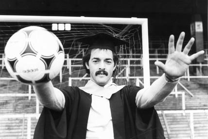 Bruce Grobbelaar, Zimbabwean goalkeeper, 1982.
