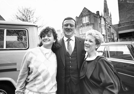 Dennis Taylor with wife Pat and daughter Denise, April 1985.