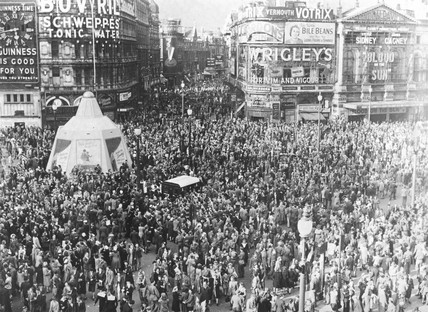 VJ celebrations at Picadilly Circus in London 15 August 1945.