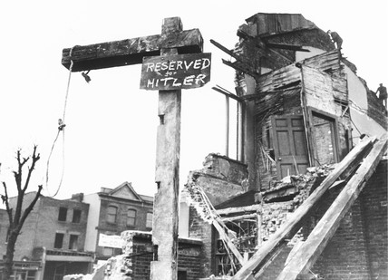 Gallows in London, 27 February 1941.