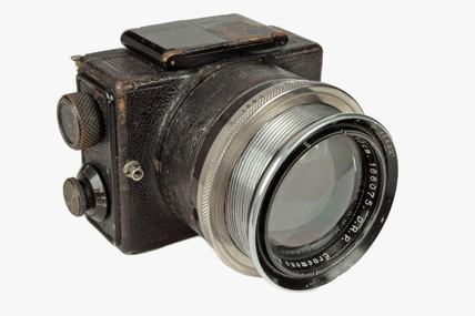 Ermanox camera, 1924.