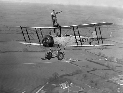 Mr Hearns wing-walking on an Avro 504K biplane, 1932 (Simmons Aerofilms / Science & Society)