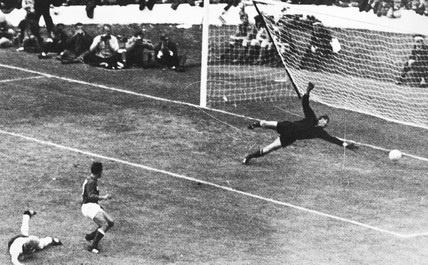 Germany's first goal, World Cup, July 1966.
