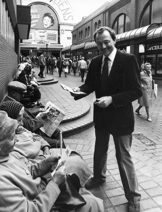 Ken Livingstone distributing GLC leaflets, September 1983.