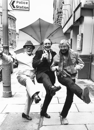 Bill Owen, Neil Kinnock and Clive Dunn, 1980s.