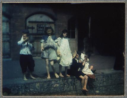 Group of children, 1906.