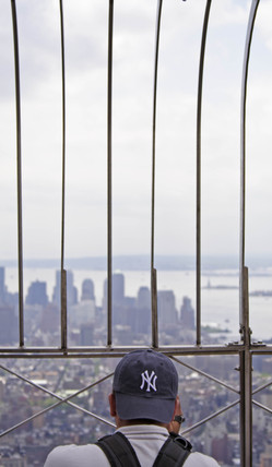 Tourist at the top of the Empire State Building, New York, USA, 2005.