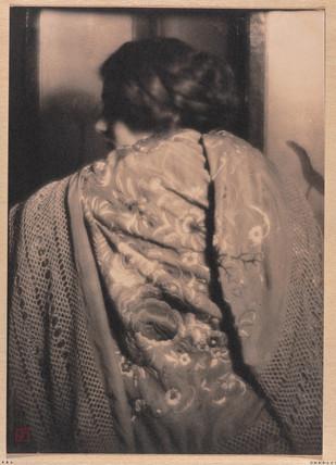 'The Spanish Shawl, Rose Cohen', 1910.