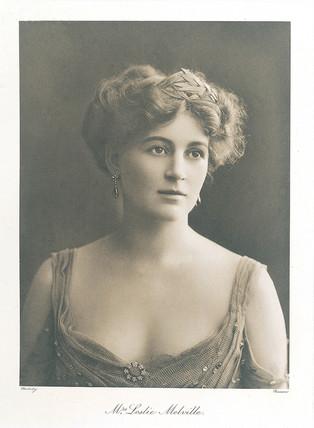 Mrs Leslie Melville, 1909.