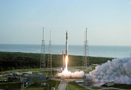 Launch of the Mars Reconnaissance Orbiter, Florida, 12 August 2005.