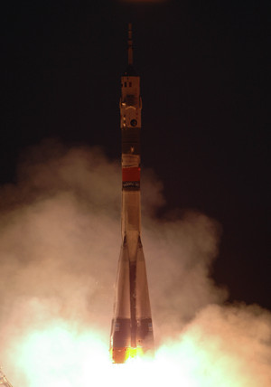 Launch of Expedition 11 to the International Space Station, April 2005.
