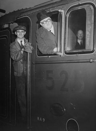 LNER A2 4-6-2 no 525.