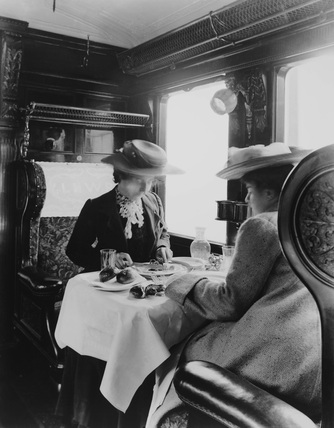 LNWR dinning carriage, c 1905.