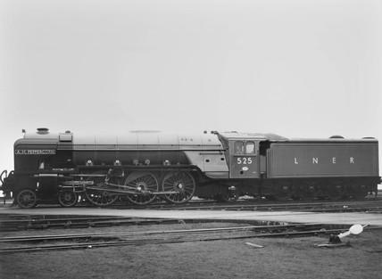 LNER class A2 4-6-2 N525, A H Peppercorn.