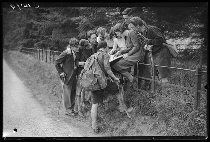 Hikers enjoying the sunshine at Box Hill, 9 April 1935.