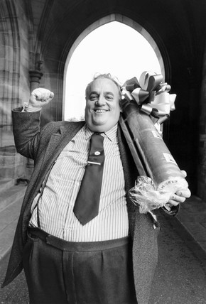 Cyril Smith MP with a giant stick of rock, August 1981.