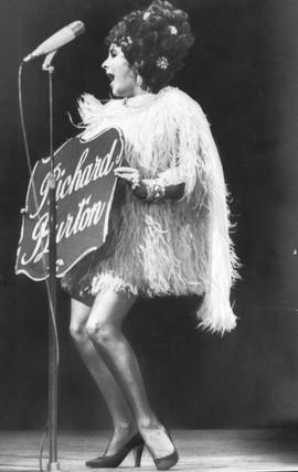 Liz Taylor, 15 December 1967.
