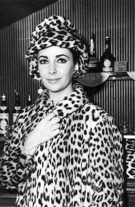 Elizabeth Taylor, 28 June 1963.