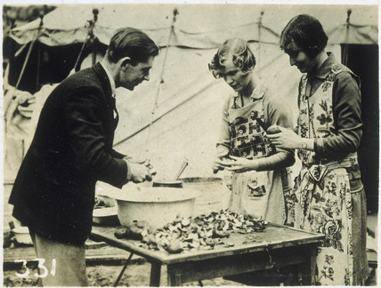 Potato peelers at work, Hyde Park, London, 1926.