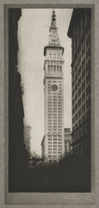 'The Metropolitan Tower', New York, c 1910.