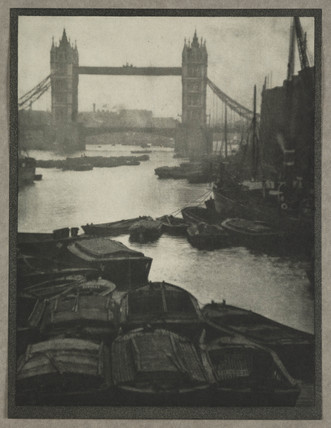 'The Tower Bridge', London, 1909.