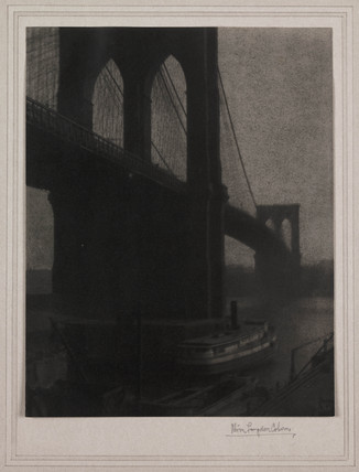 Brooklyn Bridge, New York, 1909.