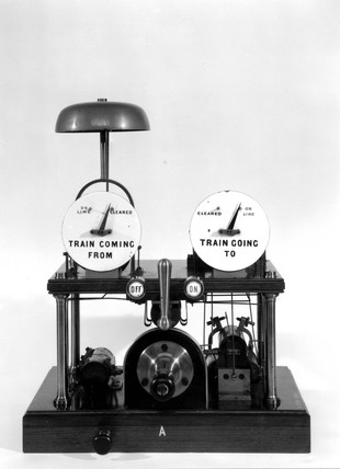 Block telegraph instruments, Victoria Railways, 1892.