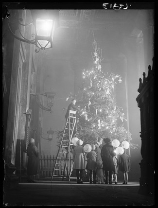 The Christmas tree at St Martin-in-the-Fields, London, 1934.