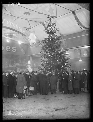 Christmas decorations at Paddington Station, London, 1934.
