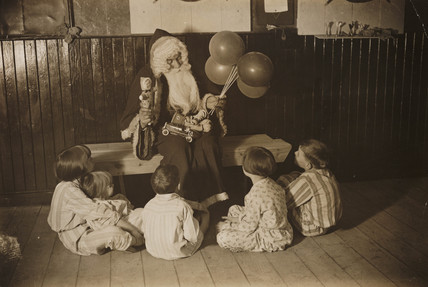 Father Christmas and children, 3 December 1932.
