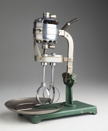 'Universal' electric food mixer and beater, 1918.