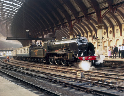 Southern Railways 4-6-0 steam locomotive no 777 'Sir Lamiel', 1925.