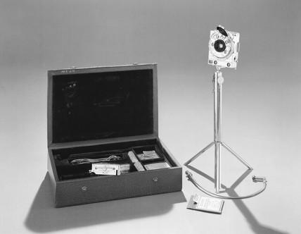 Compas camera, No 2475, c 1938.