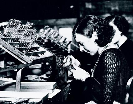 Manufacturing radio and television valves, c 1930s.