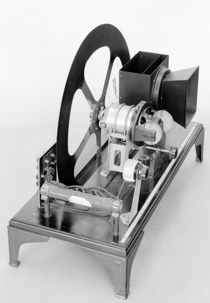 Baird 'Disc model' televisor (1930). Made