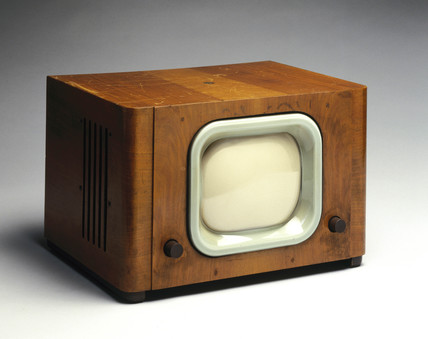 Pye television receiver, type B18T, 1948.
