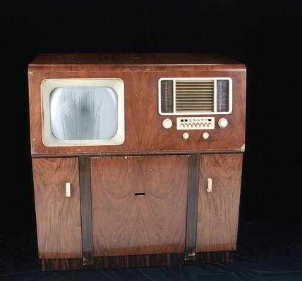 HMV combined television and radiogram, model 1901, 1947-1948.