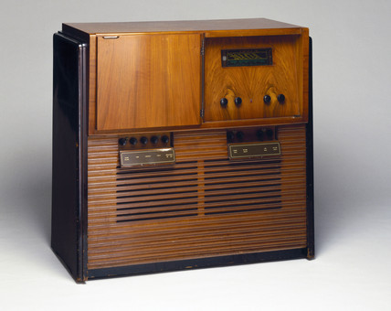 Philips projection TV/radio receiver, model 799, c 1950.