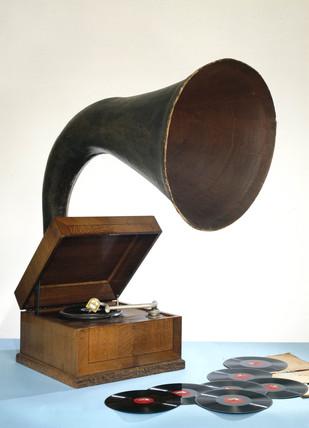 EMG Junior Expert gramophone, c 1932.