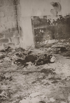 Burnt body of a synagogue watchman, Tiberias, 1939.