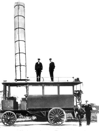 Mobile transmitter used in Marconi's early