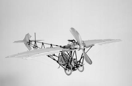 'Demoiselle' aeroplane, 1908. Alberto Santo